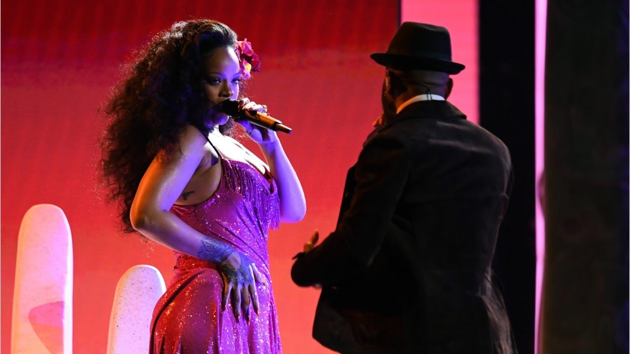 Rihanna Performed South African Dance At Grammys
