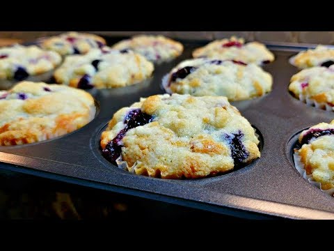 Extra SOFT BLUEBERRY MUFFINS | Mixed Berry Crumble Muffins Recipe