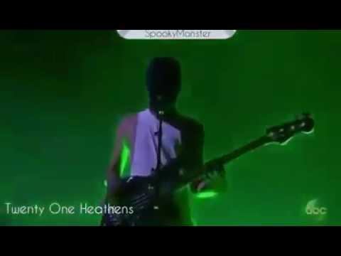 Twenty One Pilots LIVE AMA's 2016 21/11/16 -...