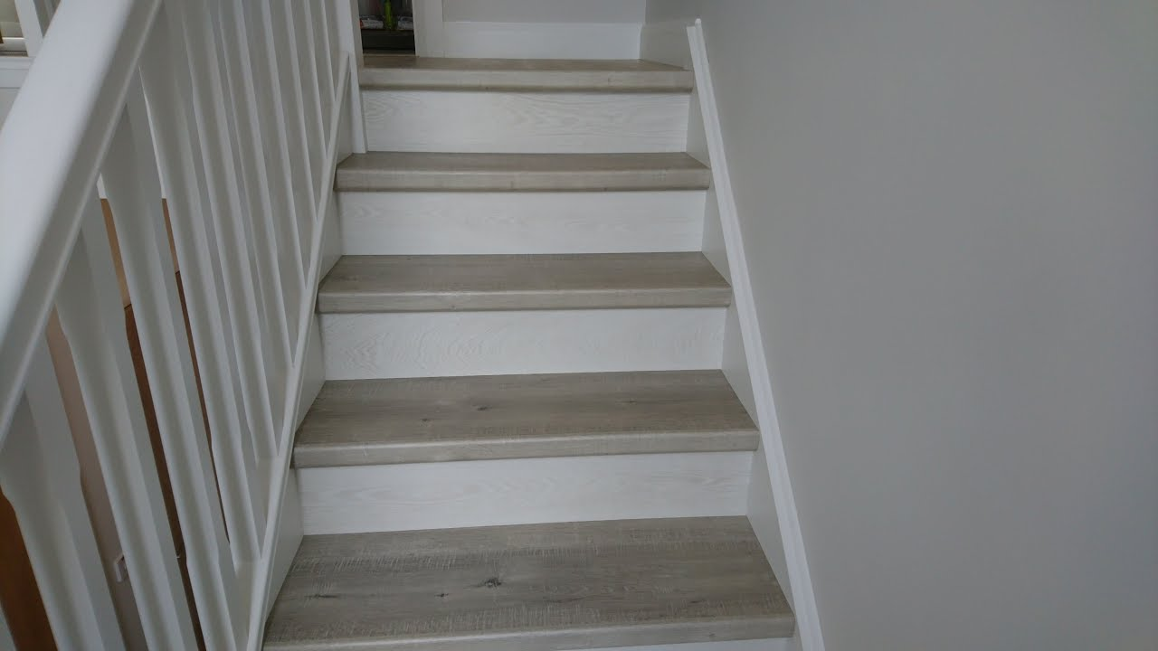 Quick Step Laminate Stairs Saw Cut Oak Grey Impressive