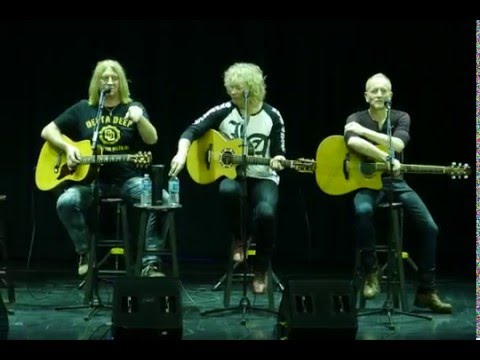 Def Leppard  - Ziggy Stardust (Live Acoustic Performance on Hysteria On The High Seas)