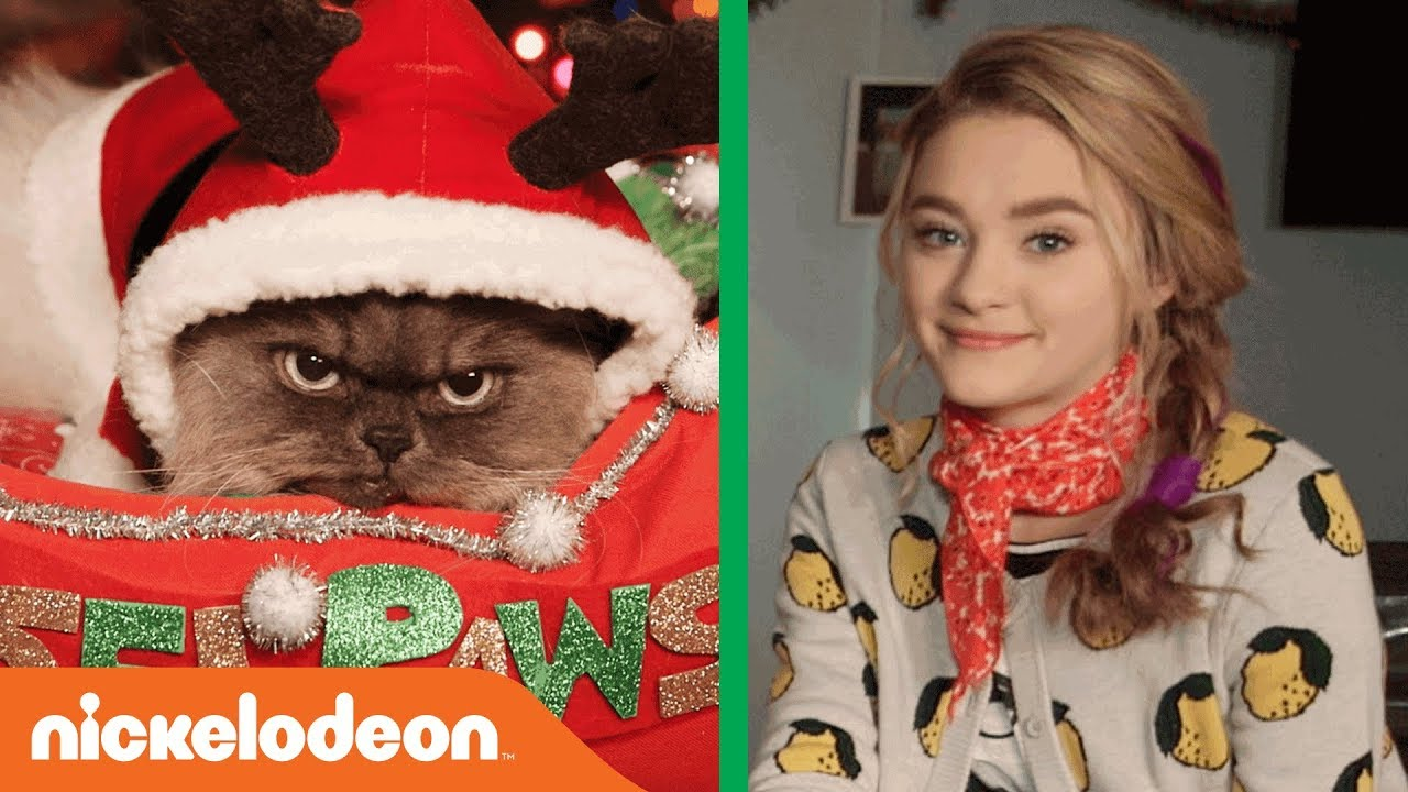 Tiny Christmas.Lizzy Greene Riele Downs Q A W Duncan The Cat As Tinselpaws Tiny Christmas Nick
