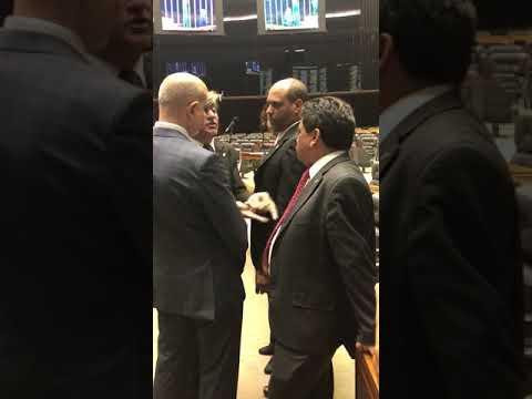 CONGRESSO EM FOCO - Deputados Boca Aberta e Márcio Jerry discutem em plenário