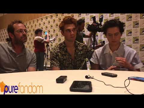 Cole Sprouse, KJ Apa, and Luke Perry talk Varchie, Serpents, and jail time