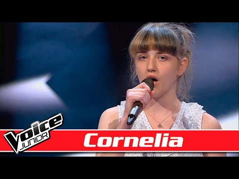Cornelia synger: Foster the People - 'Pumped Up Kicks'- Voice Junior / Blinds