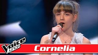 Cornelia synger Foster the People - &#39Pumped Up Kicks&#39- Voice Junior Blinds