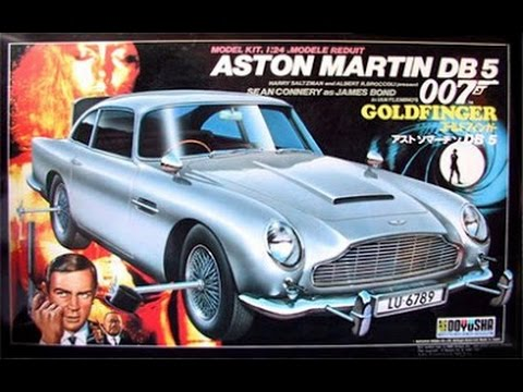 James Bond 007 Goldfinger Aston Martin 1:24th Scale Model