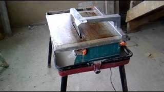 Плиткорез Штурм для любой плитки.(В этом видео показано как мы режем,пилим(распускаем) длинную плитку при помощи простенького плиткореза .., 2016-03-04T17:02:38.000Z)