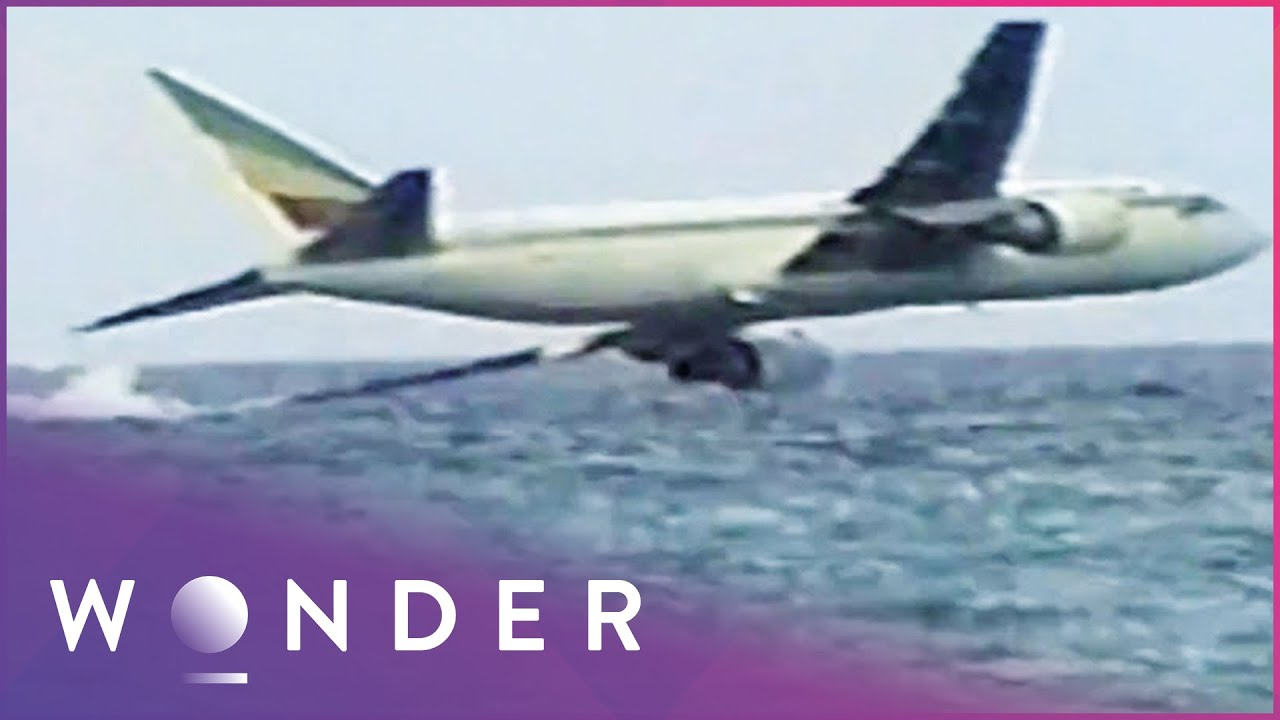 Download Hijacking Of Ethiopian Airlines Flight 961 Ends In Disaster    Mayday   Wonder