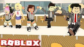 MAKING A SCHOOL DANCE TEAM à ROBLOX! École secondaire d'Anime (anglais) Moments drôles
