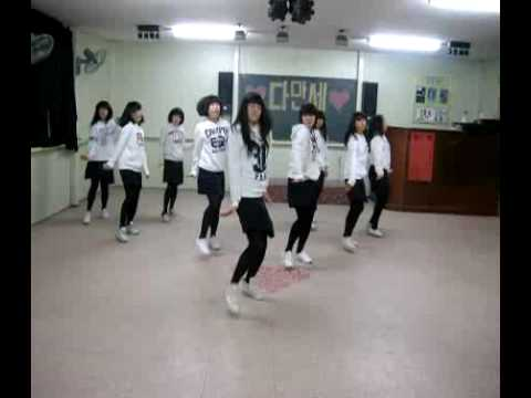 SNSD - Into the New World (remix) dance steps