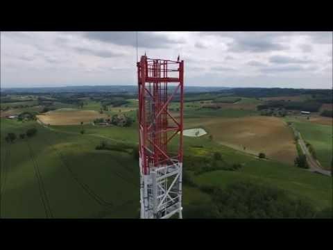pylône antenne télécommunication