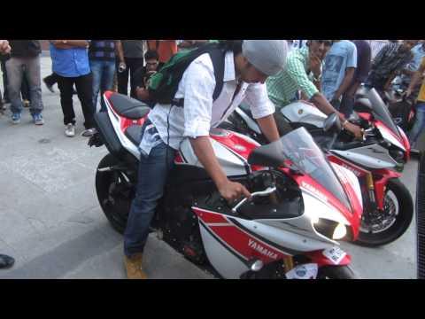 YAMAHA R-1 Burnout at the India Super Bike Festival 2013 Pune