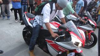 YAMAHA R-1 Burnout at the India Super Bike Festival 2013 Pune