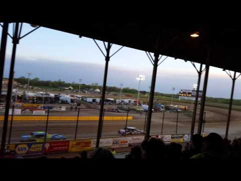 Opening race at viking speedway(5)
