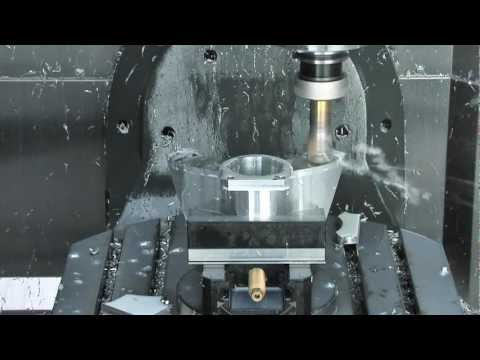 Haas UMC-750 First Look
