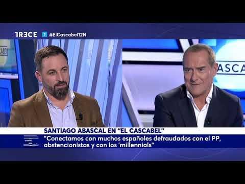 Antonio Jiménez, entrevistando a Santiago Abascal en TRECE