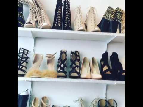 visite du showroom kcyshoes dressing chaussures de r ves. Black Bedroom Furniture Sets. Home Design Ideas