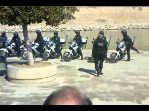 Policia local palma de mallorca en moto 02 03 2012 youtube for Motos palma de mallorca