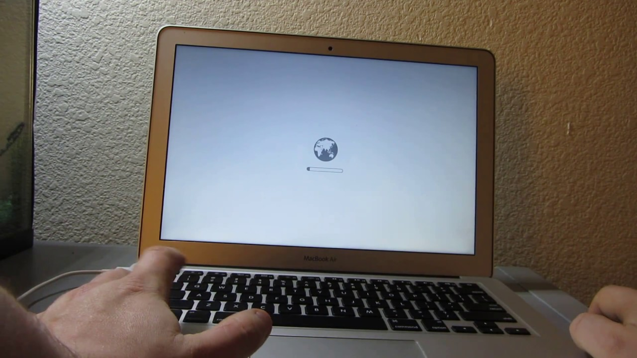 How to Fix Macbook Pro, Air  Flashing Folder , Blinking Question Mark,  White Screen, Freeze Randomly