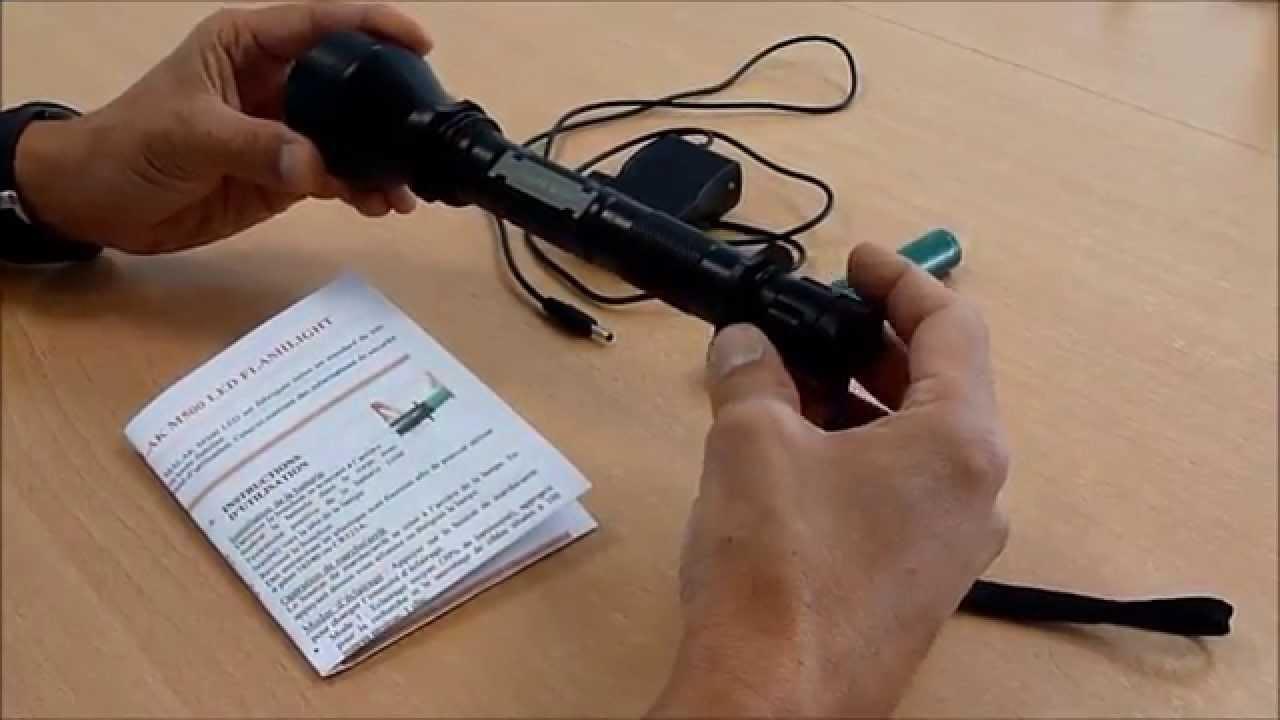 lampe torche à led malak M1000 à batterie lithium ion