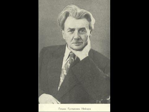 Heinrich Neuhaus plays Bach Prelude and Fugue G# minor (WTC I)