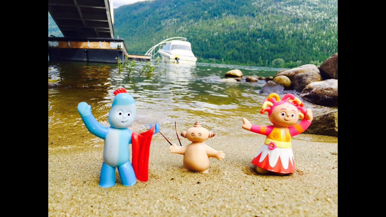 IGGLE PIGGLE MAKKA PAKKA and UPSY DAISY Toys Boat Ride The