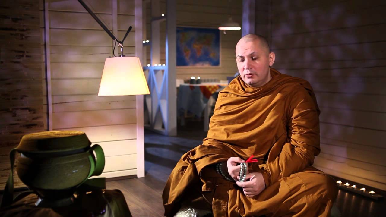 Интервью буддийского монаха (Тхеравада) - YouTube