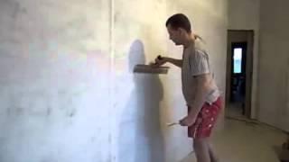 Шпаклёвка под обои. Шпаклёвка стен своими руками. Нанесение шпаклевки(В данном видео вы узнаете как шпаклевать стены под обои. Детальнее на сайте http://rmnt.net/shpaklevka-pod-oboi/20728., 2014-01-16T13:29:23.000Z)