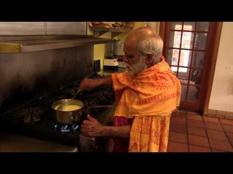 How To Make Ghee with Swami Vaishtananda at the Sivananda Yoga Farm