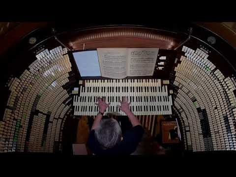 """Spooktacular"" music on the largest pipe organ in the world!"