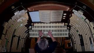"""""""Spooktacular"""" music on the largest pipe organ in the world!"""