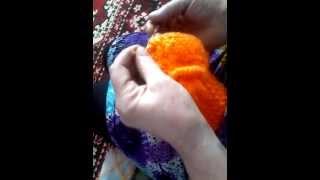 Вязание детской шапочки- на вязальной машине Нева 5 обвязка крючком -окончание