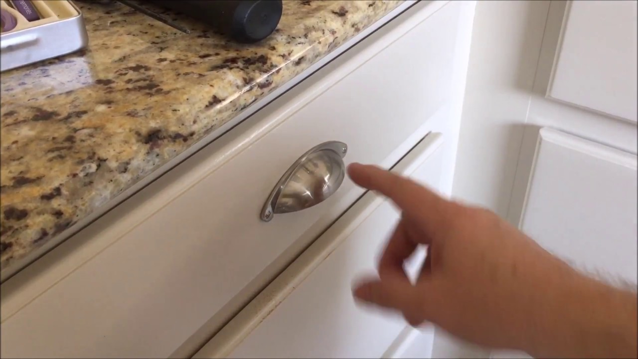 Kitchen Drawer Pulls Fixing a Miss drill - YouTube