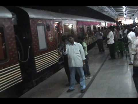 MAHARAJA EXPRESS - THE MOST LUXURIOUS TRAIN OF INDIA - YouTube