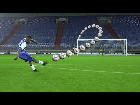 ULTIMATE FREE KICK CHALLENGE vs PRO FOOTBALLER