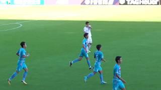 後半36分、右の田川亨介のセンタリングに、福田晃斗が頭でゴール左に決...