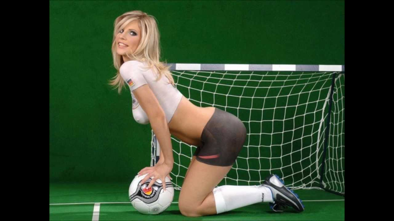 Football in Nude gallary pictures girls