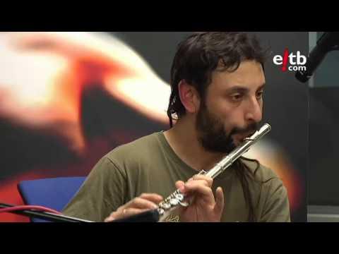 "Canteca de Macao canta ""Madrizz"" en La Jungla Sonora (Radio Euskadi)"