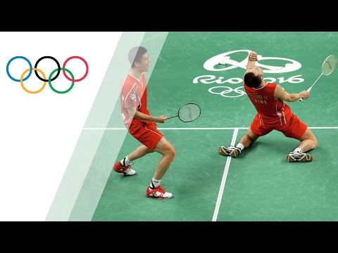 China's Fu and Zhang win badminton doubles gold