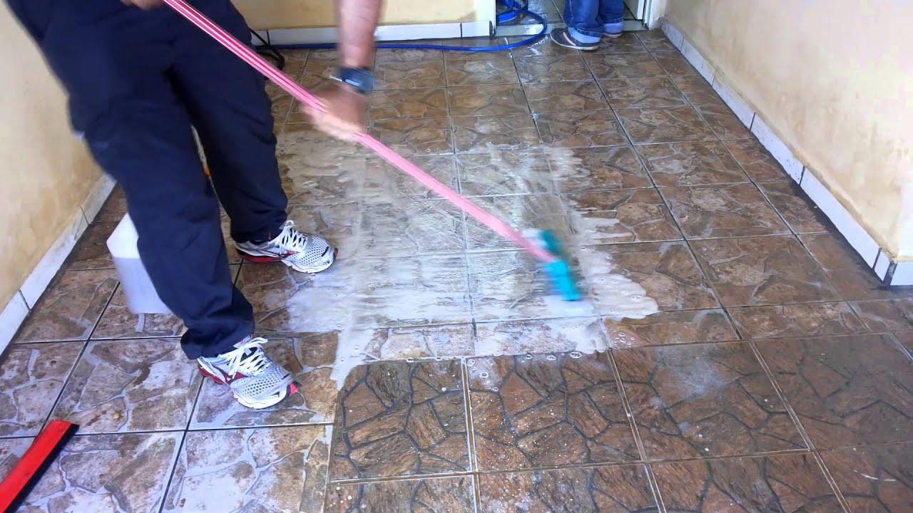 Como limpar pisos antiderrapantes ? PÓS OBRA EM PISO ANTIDERRAPANTE  #283666 1920x1080 Azulejo De Banheiro Como Limpar