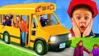 Toys for kids - قصة مع الحافلة المدرسية مع ألعاب للأطفال - عجلات على متن الحافلة screenshot 2