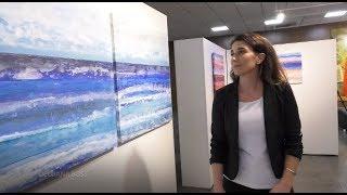 Exposição expressa diferentes tonalidades de paisagens marinhas