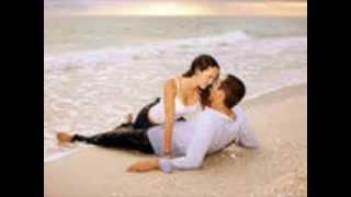 『ある恋の物語』は、1955年に発表されたラテンポップス。 カルロス・エ...