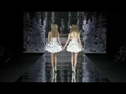 Desfile Yolan Cris 2015, romanticismo bohemio