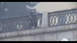 Police Firing Live Rounds At Kiev Protesters 70 killed - Ukrain