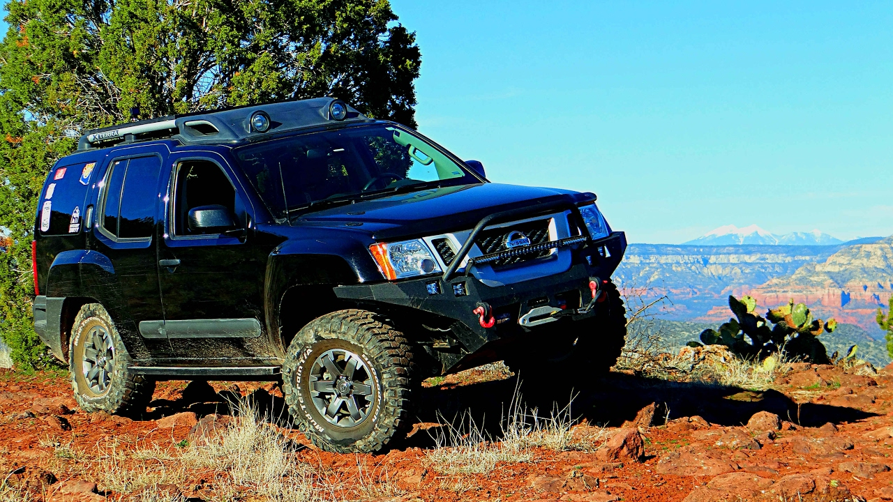 2014 nissan xterra pro 4x off road at house mountain trail. Black Bedroom Furniture Sets. Home Design Ideas