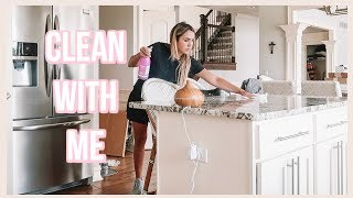 CLEAN WITH ME! WEEKLY ROUTINE &  KITCHEN ORGANIZATION!
