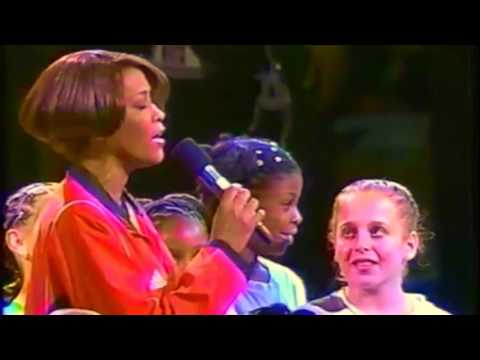 HD: whitney houston nation anthem at 1999 WMNBA game