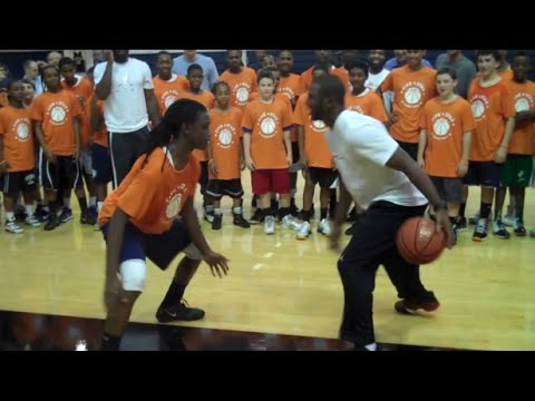 Best of NBA Stars playing 1-on-1 (Kobe, DRose, CP3, LeBron,..)
